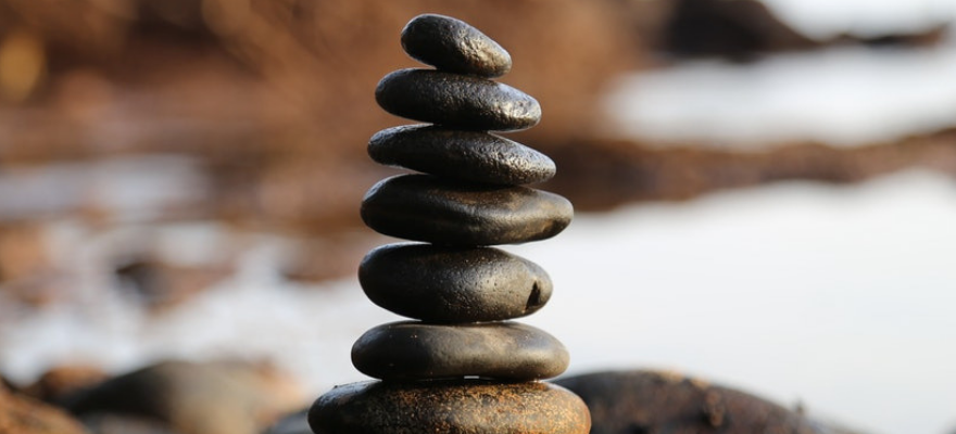 inspriational quotes - balancing rocks