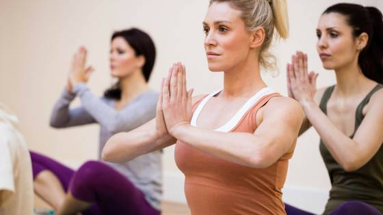meditation tips that save time - group of women meditating