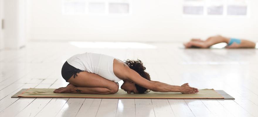 best yoga towels for hot yoga 1