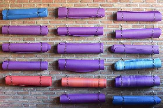 Long yoga mat - review of the best natural long yoga mats