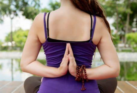 yoga postures for shoulder pain