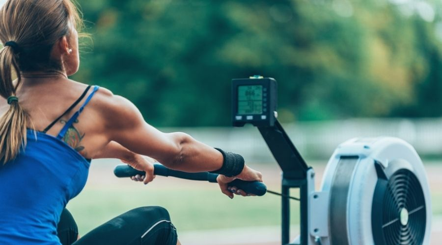 WaterRower Vs Concept2 - woman rowing on concept2