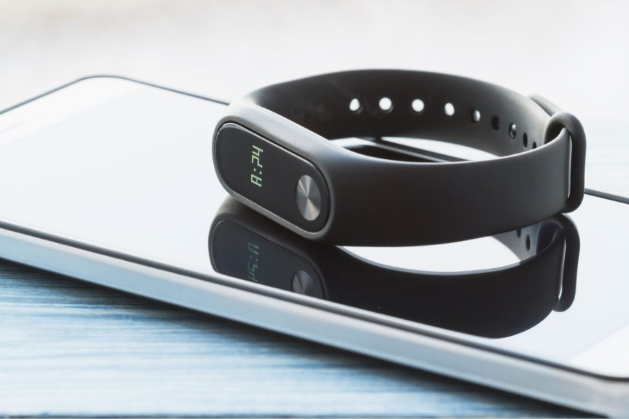 fitness tracker and iPhone
